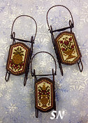 Foxwood Crossings Della Robbia Sleds - click to see more