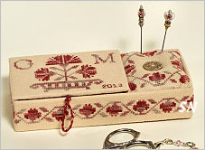 Rose Carnation Romina's Sewing Case from Giulia Punti Antichi - click to see more